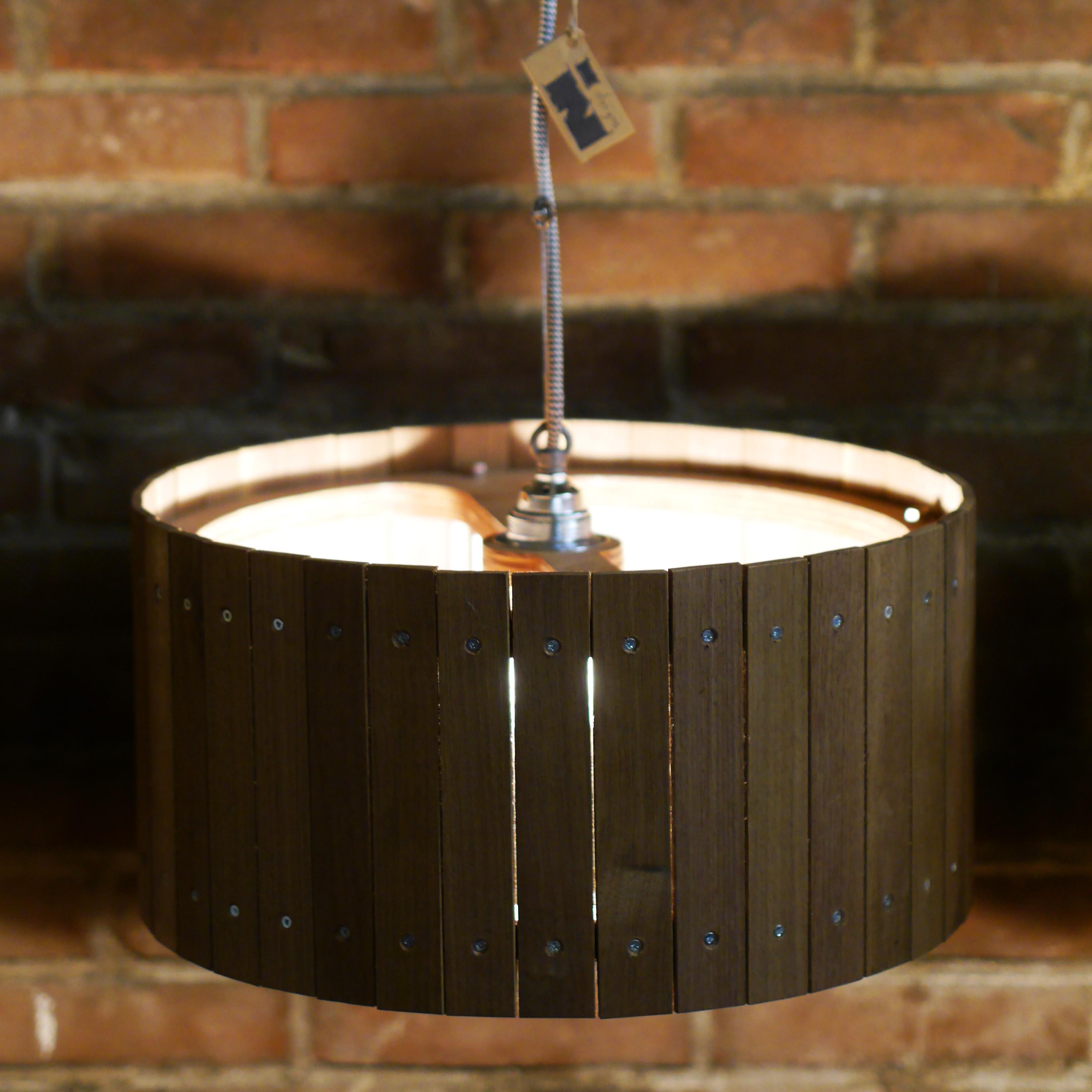 Industriële Hanglamp 'Nutshell' Indusigns1
