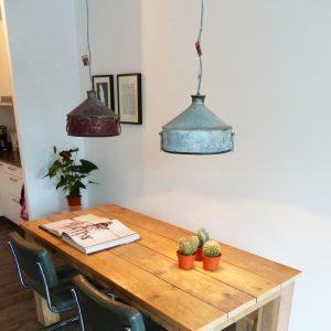 Kies voor twee hanglampen om de eettafel zo optimaal mogelijk te ...