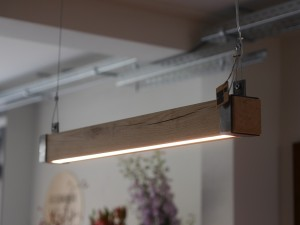 industriele-houten-hanglamp-indusigns-woodlight2