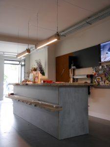 industriele-houten-hanglamp-indusigns-woodlight