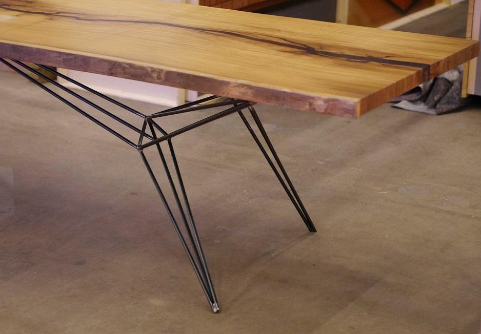 industriele-stalen-spinnenpoten-als-tafelpoten-indusigns2