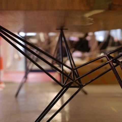 Industriële Stalen Spinnenpoten Als Tafelpoot Indusigns