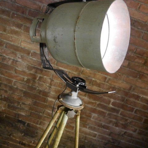 Industriële Vloerlamp Green Rusty Indusigns