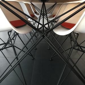 Hairpin Tafelframe van Indusigns Interieur